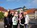 Gudrun Schulze und Touristen (c) diartfoto
