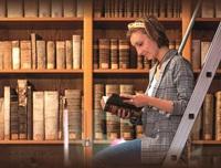 Tag der offenen Bibliotheken Zeitz, Leserin der Stiftsbibliothek Zeitz